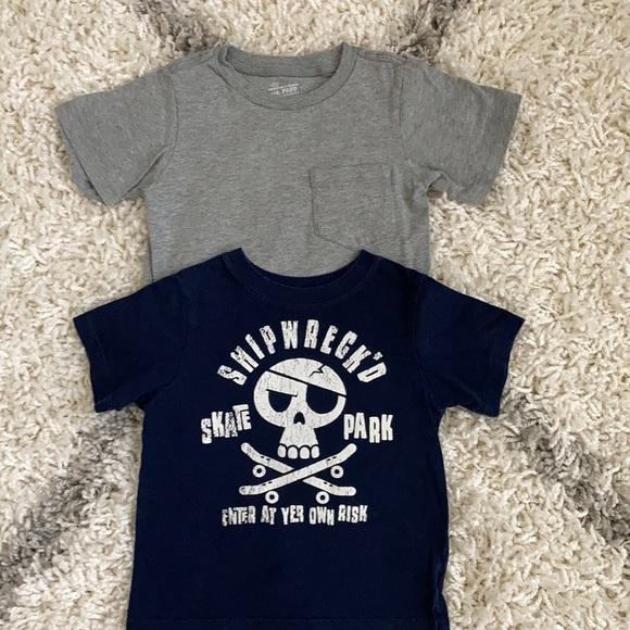 Bundle 2 Shirts The Children's Place Size 4T